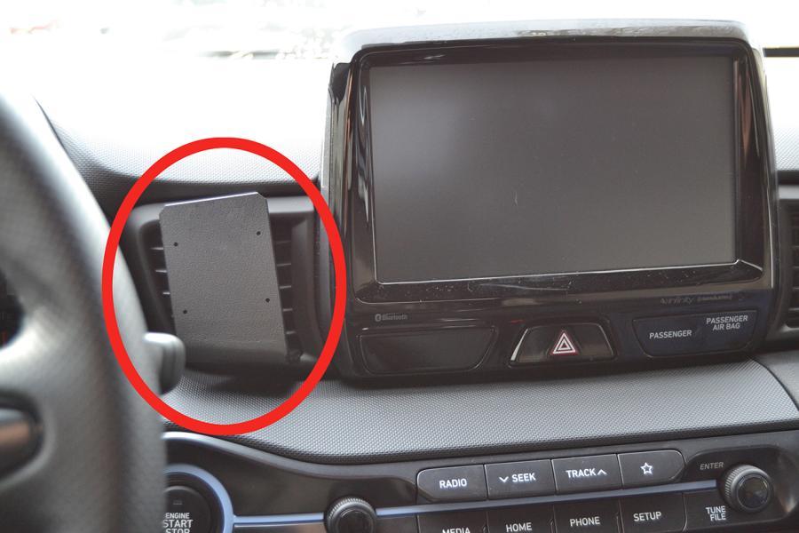 Proclip Hyundai Veloster 19- Center mount