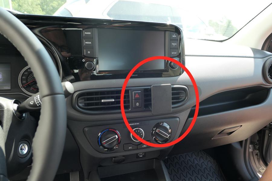 Proclip Hyundai i10 20- Center mount